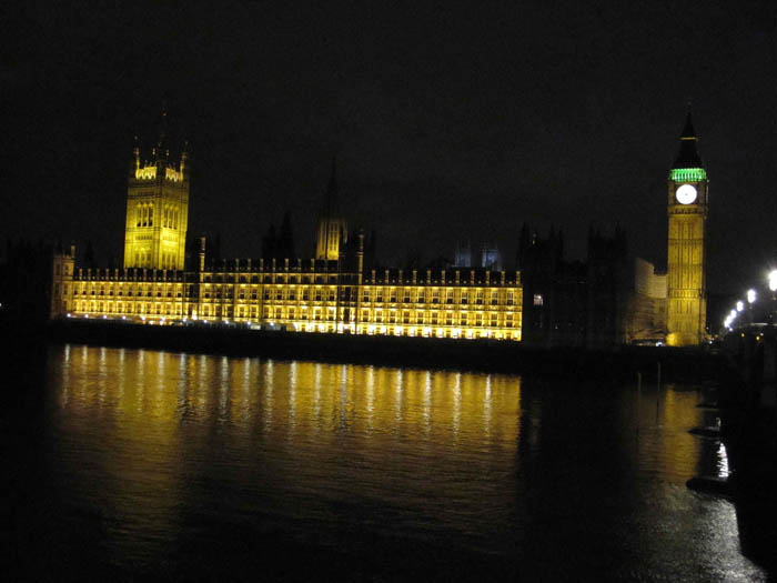 Houses of Parliament and Big Ben in their glorious illumination