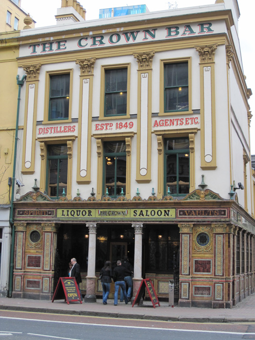 Crown Liquor Saloon on Great Victoria Street