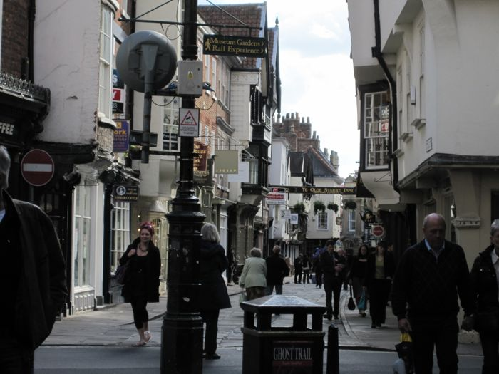Stonegate, looking toward Ye Olde Starre Inne